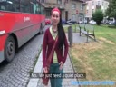 Screenshot for Хиппи брюнетку отымели большим членом от первого лица на улице